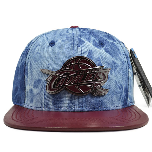 Cleveland Cavaliers Top Metal Denim STRAPBACK Pro Standard NBA Hat ... d4ae6998ad46