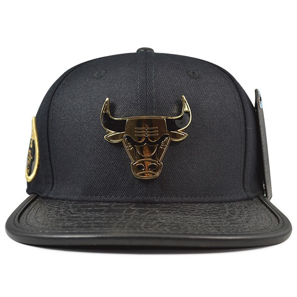 newest 4f034 3ab8f Chicago Bulls Logo GOLD MINE Strapback Pro Standard NBA Hat - Hat Dreams